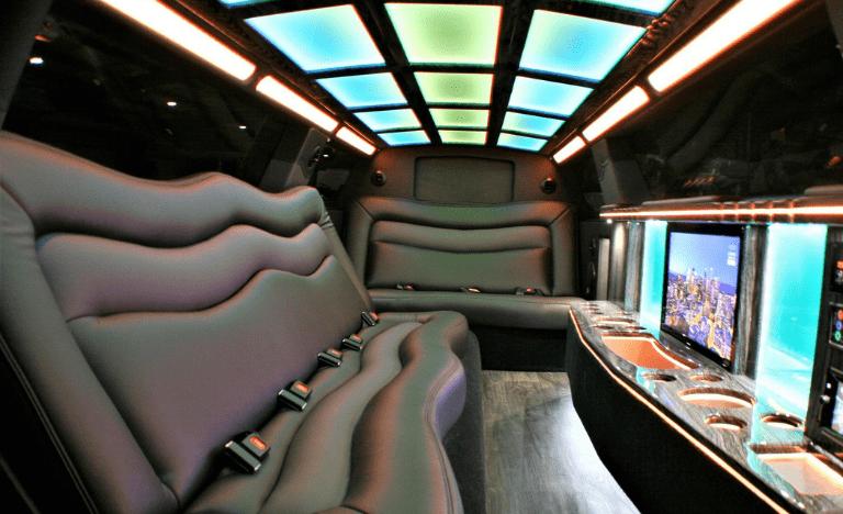 Chrysler 300 Limousine Interior